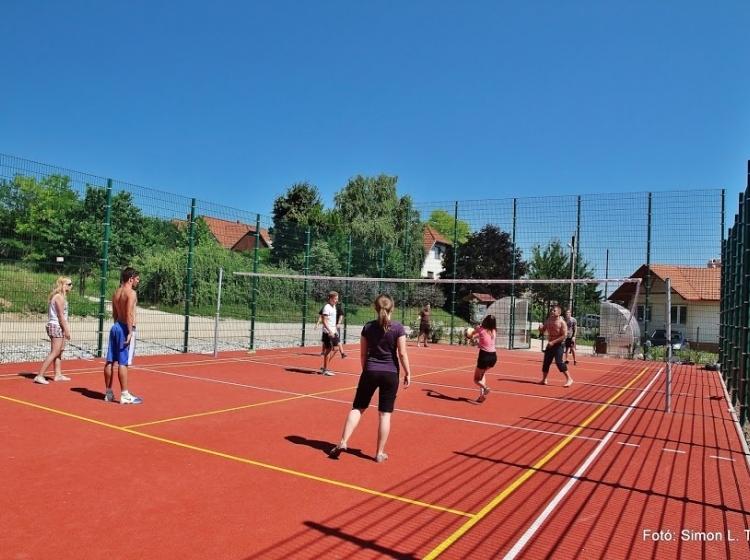 Többfunkciós sportpálya