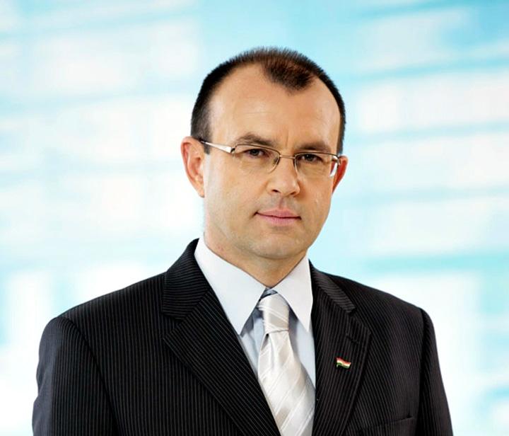 Dr. Bóka István